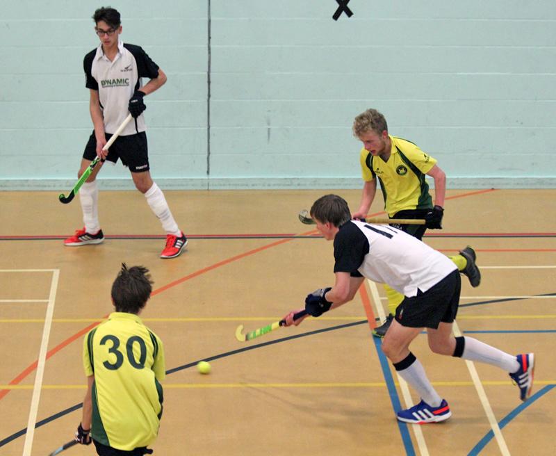 U18-Boys-Indoor-11
